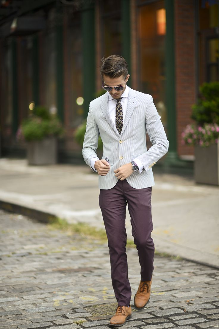 light tuxedo jacket outfit idea 2