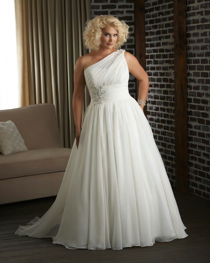 plus size wedding dress for big women 2