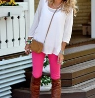 preppy outfit style idea with leggings