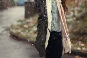 vintage winter outfit idea look with converse