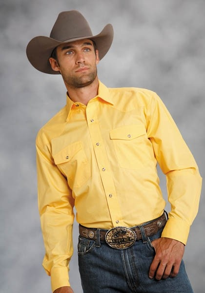 men's yellow dress shirt outfit idea 2