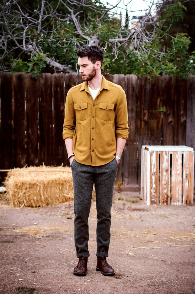 men's yellow dress shirt outfit idea