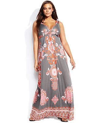 plus sized maxi dress outfit idea 2