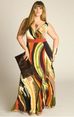plus sized maxi dress outfit idea 4