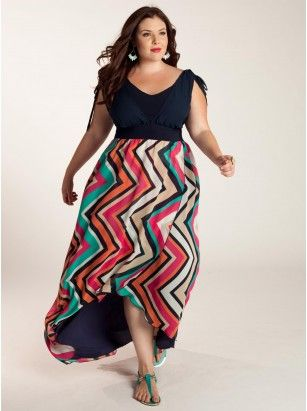 plus sized maxi dress outfit idea 9