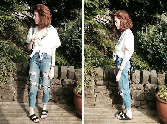 boyfriend jeans outfit idea style 10