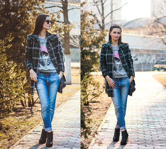 boyfriend jeans outfit idea style 15