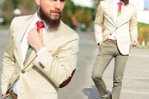 khaki outfit ideas men 4