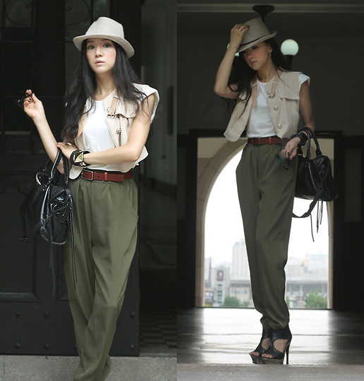 khaki outfit ideas women 10