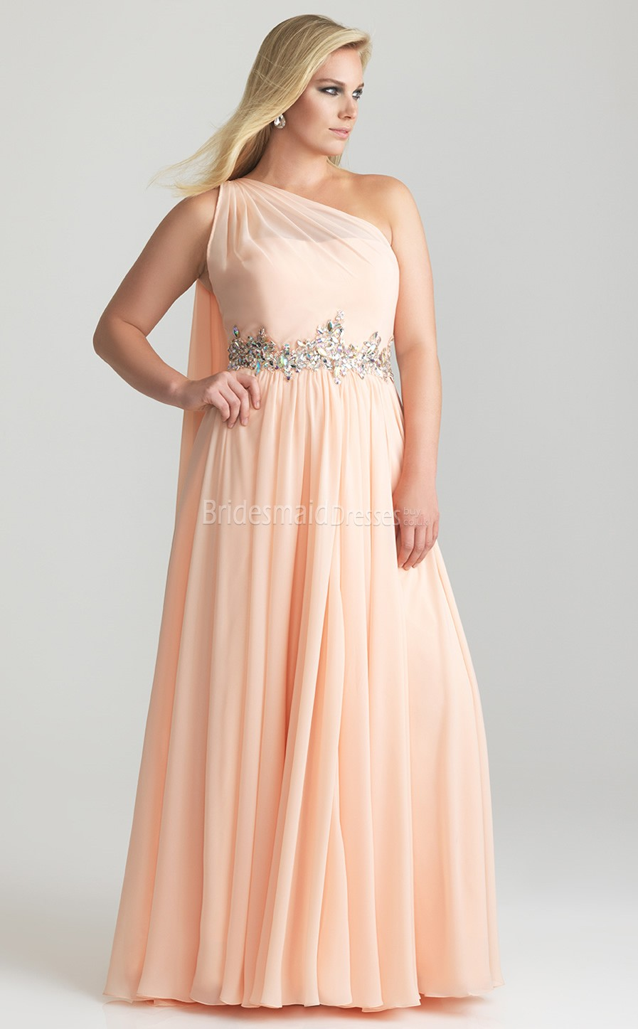 brides guide to plus size bridesmaid dresses. Black Bedroom Furniture Sets. Home Design Ideas