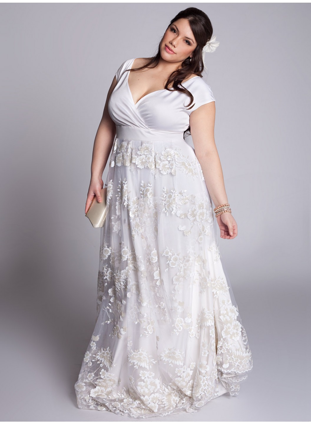 Plus size wedding dresses for Plus size beaded wedding dresses