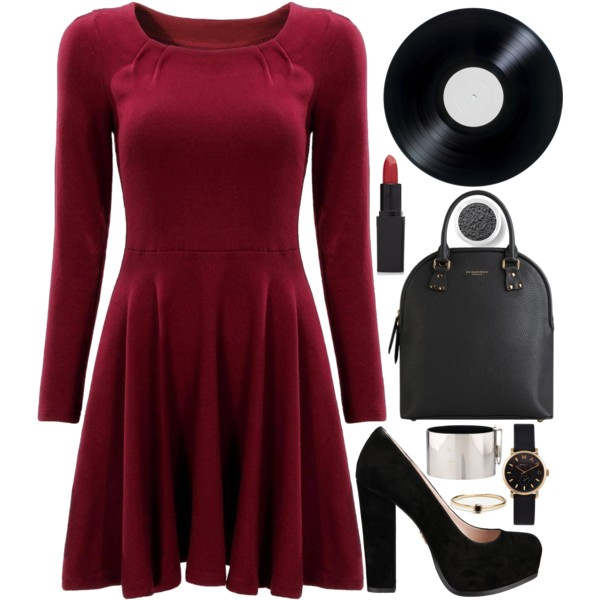 dinner date outfit ideas for women on valentines day 6