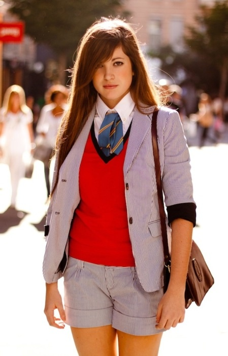 high school preppy girl outfit 1