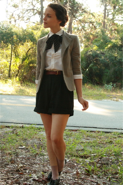 high school preppy girl outfit 15