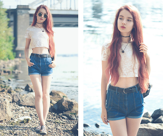 High waisted jeans shorts outfit