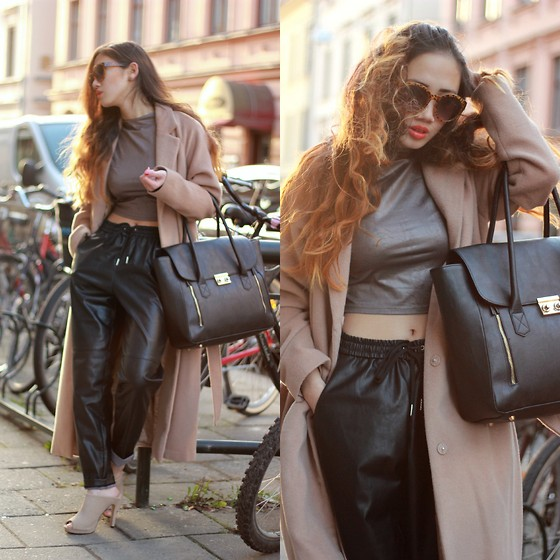 leather pants outfit ideas style 4
