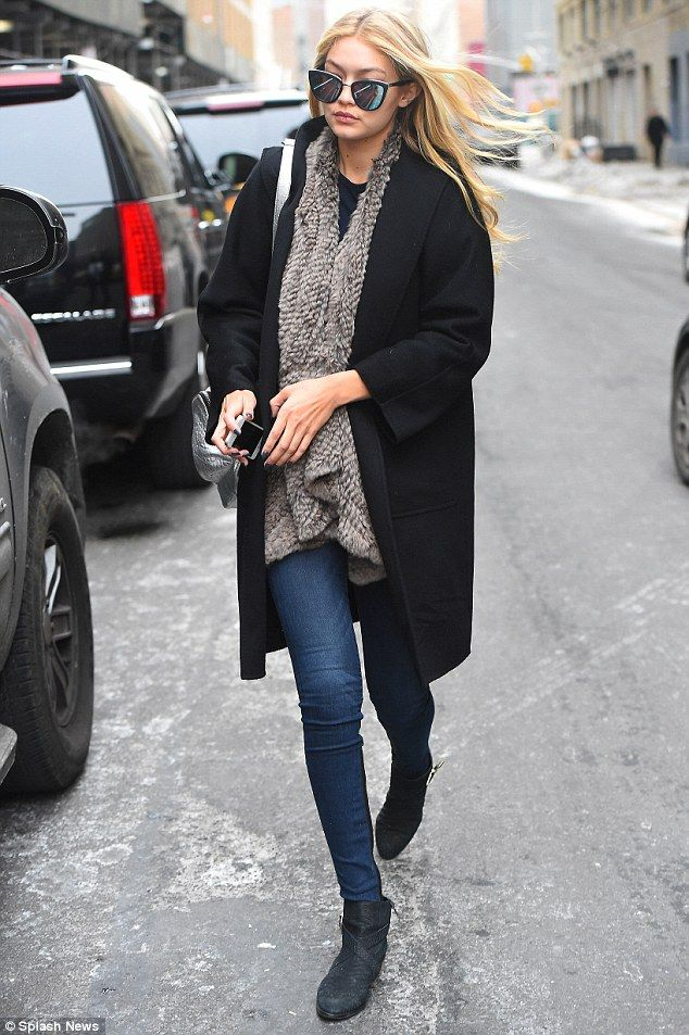 model off-duty outfit ideas 1