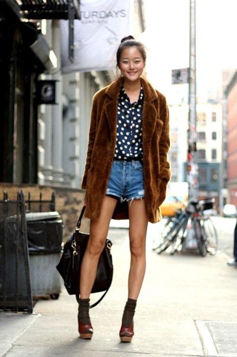 Fashion Clogs Street Style