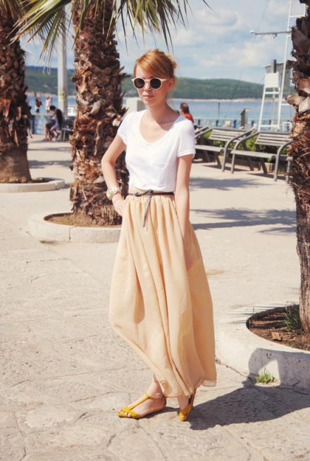 styling plain white tee shirt 1
