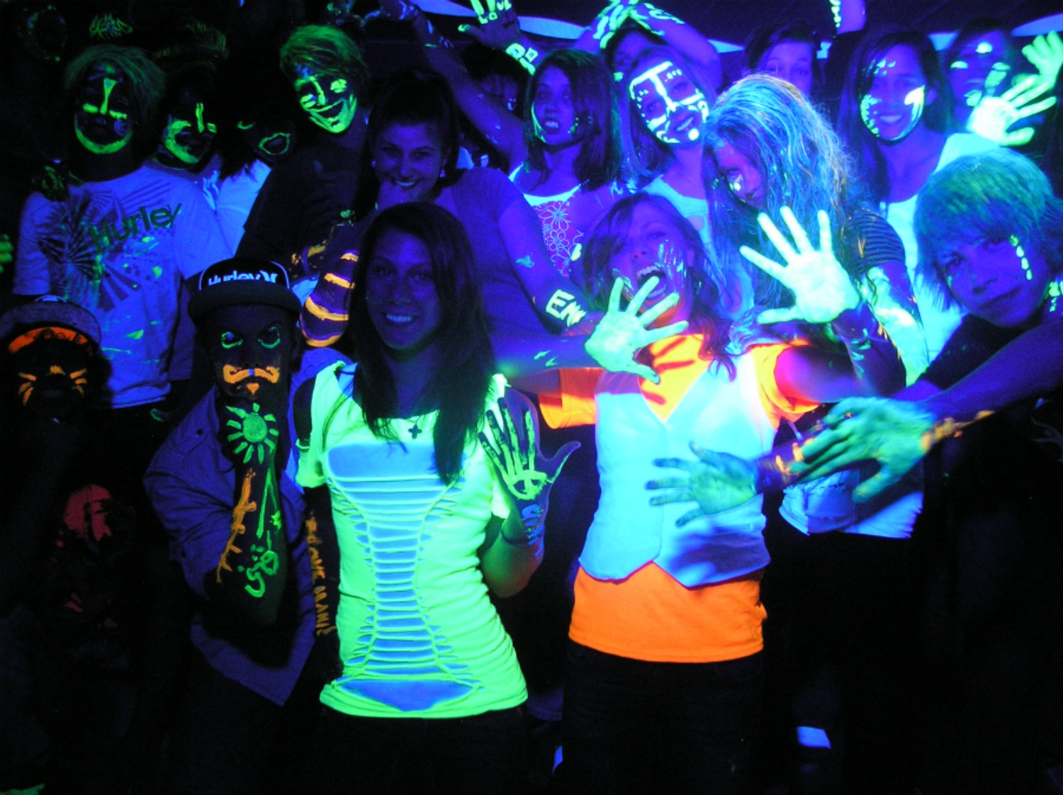Black Light Party Outfit Ideas - Outfit Ideas HQ