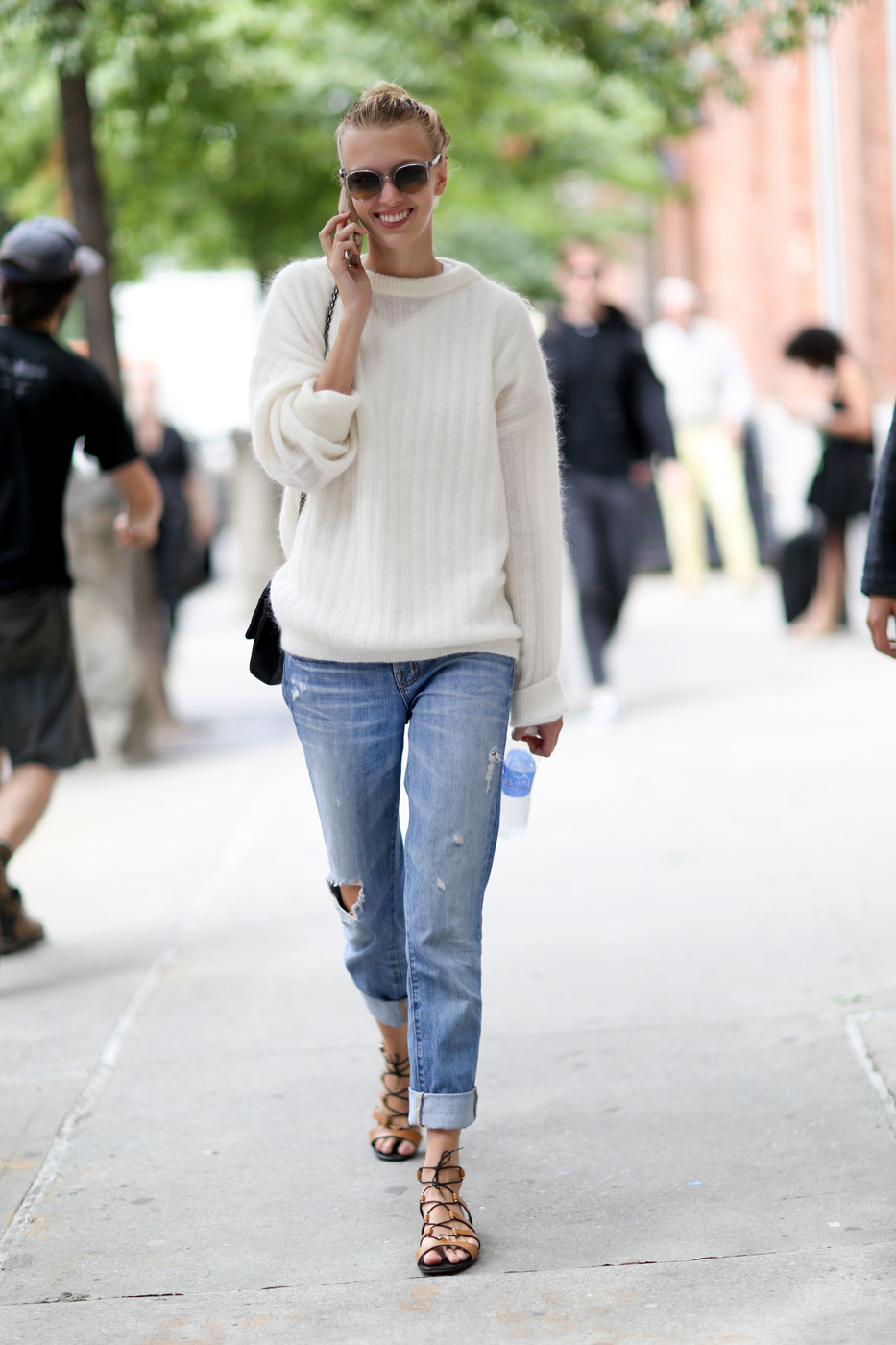 How to Wear Baggy Jeans - Outfit Ideas HQ