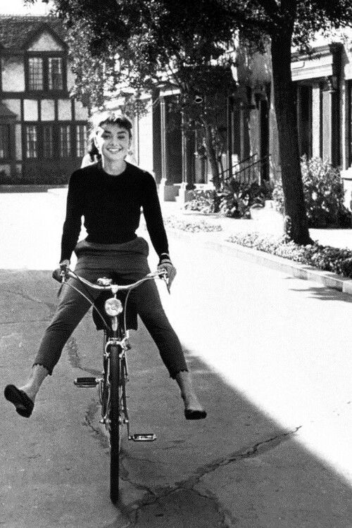 audrey hepburn fashion 2