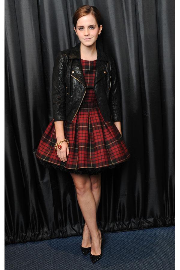 best emma watson outfits 10