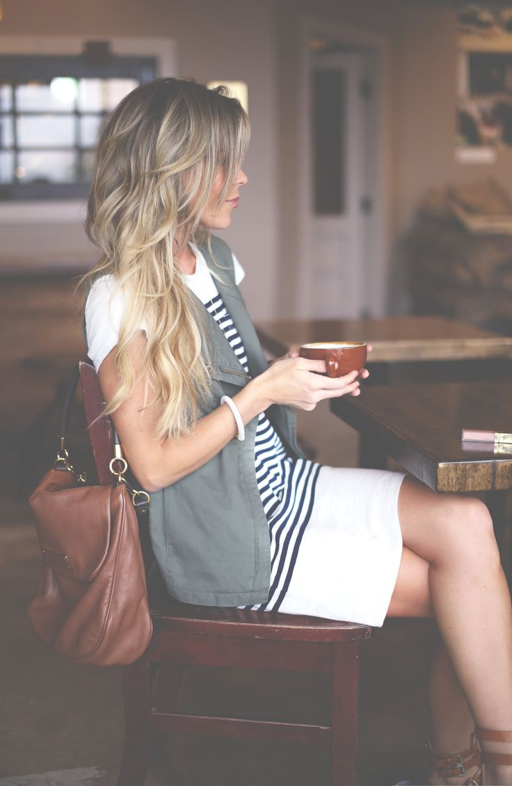 Coffee Shop Date Outfit Ideas - Outfit Ideas HQ