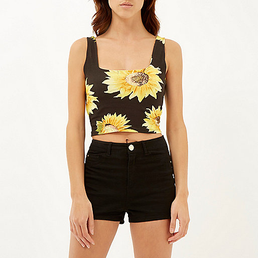 cropped top for summer 1