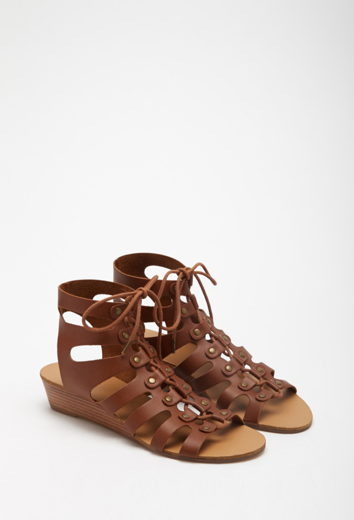 trendy summer sandals 1.jpg