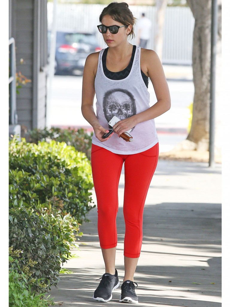 athleisure outfit ideas 4