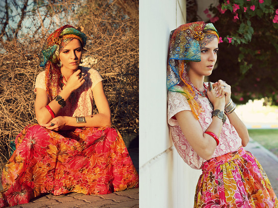 ethnic and folk outfit ideas 9