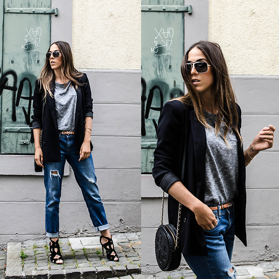 casual outfits with outerwear and denim combo 3
