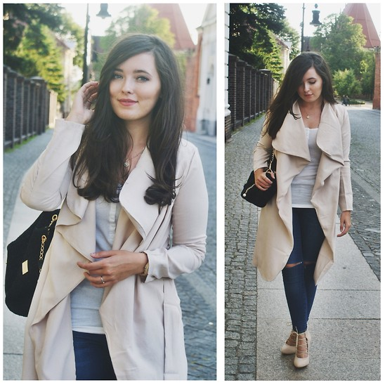 casual outfits with outerwear and denim combo 5