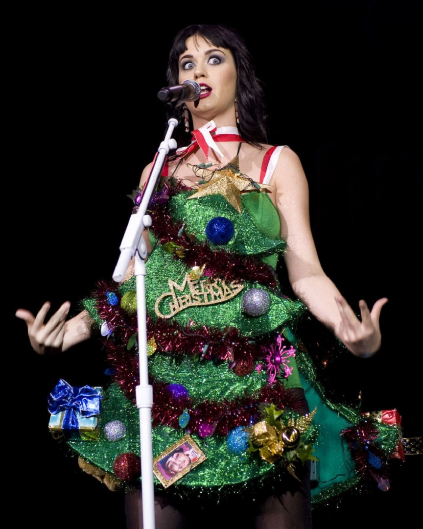 Celebrity Outfits That Ruined Christmas For Everyone