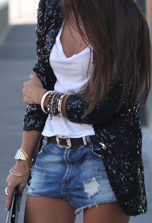 Black and White Outfit for Teens 10