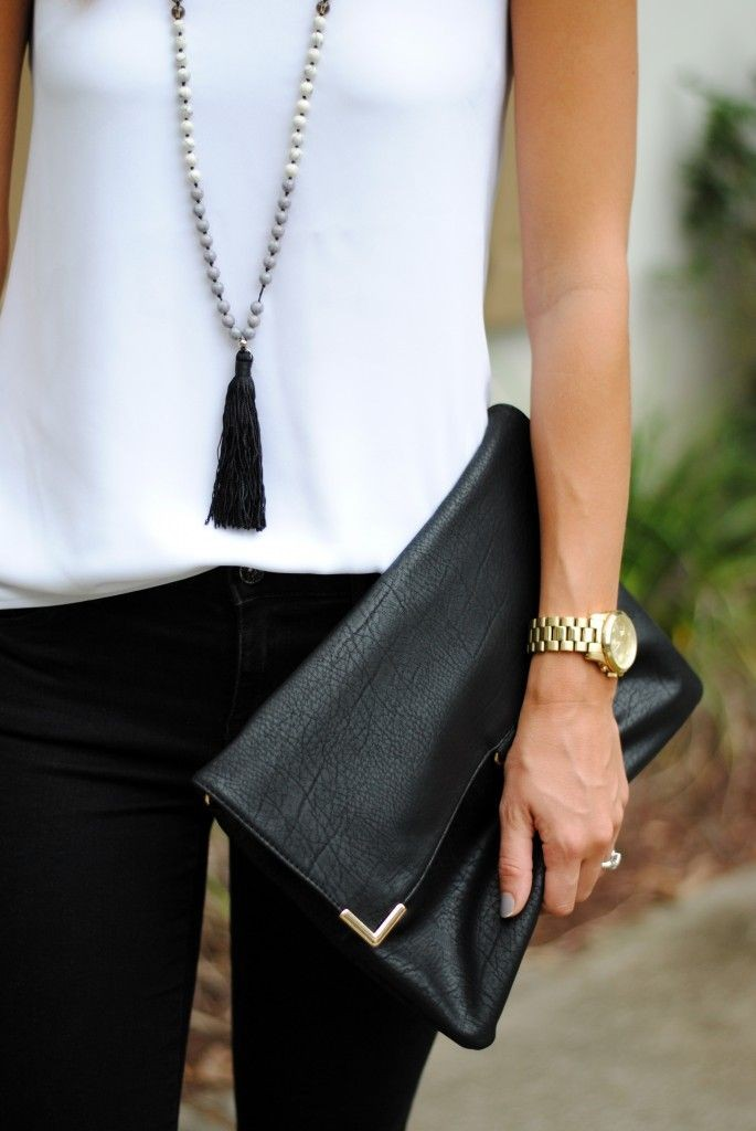 Black and White Outfit for Teens 14