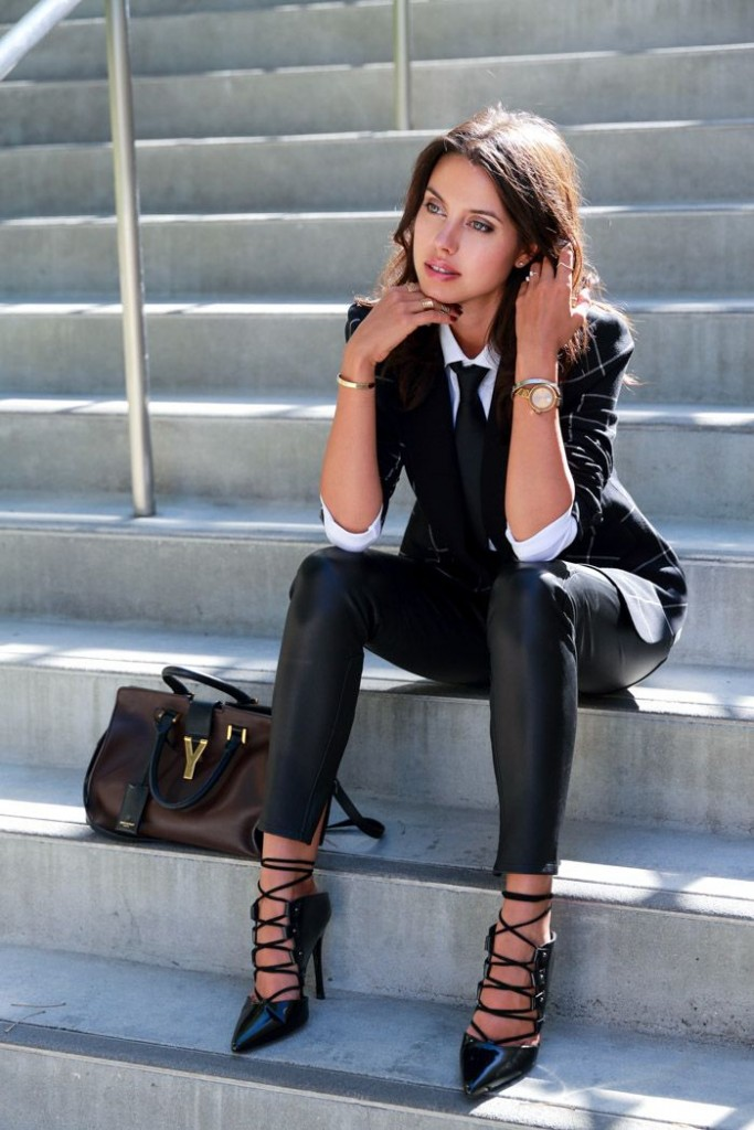 Black and White Outfit for Teens 16
