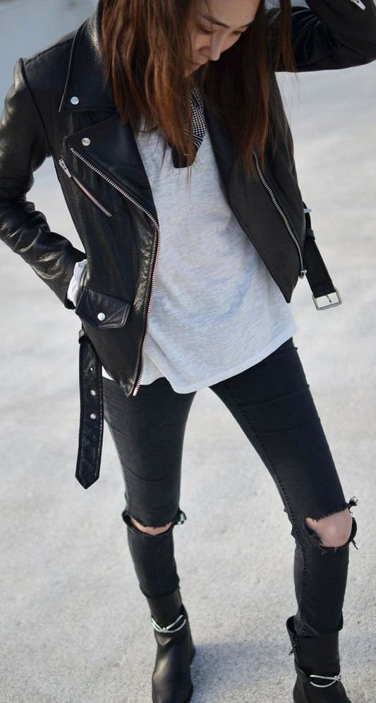 Black and White Outfit for Teens 7