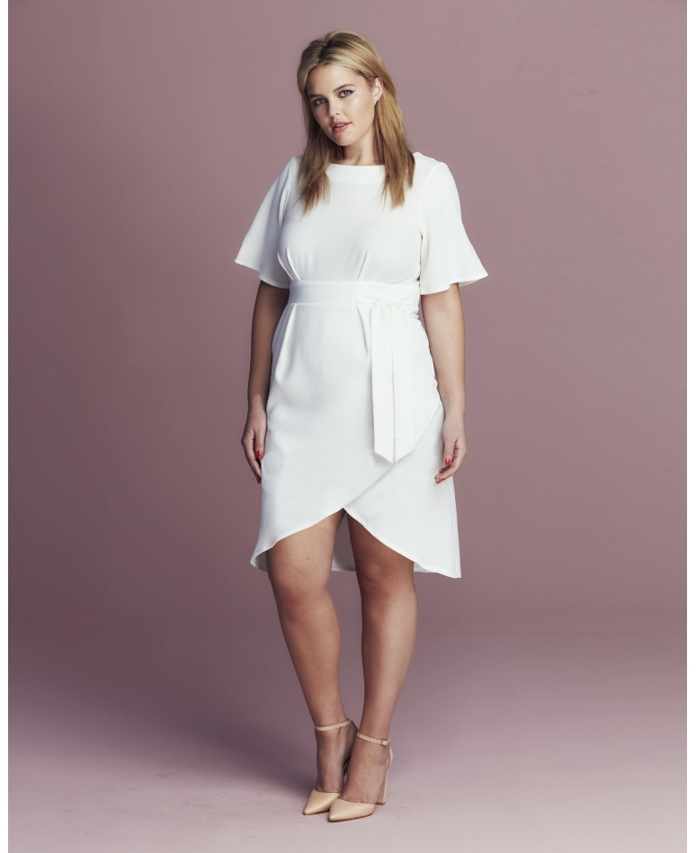 f8e705bc4cd3 Must Have Plus Size White Pieces for the Spring - Outfit Ideas HQ