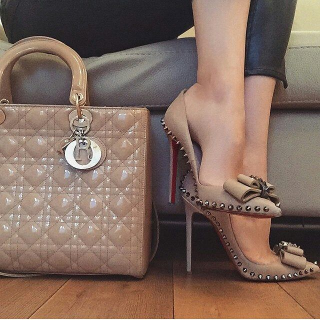 Beige Purse With Black Shoes