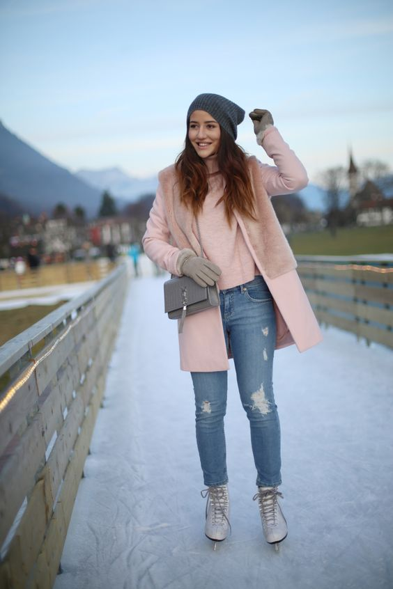Top 31 Best Ice Skating Outfits To Wear On Ice Outfit