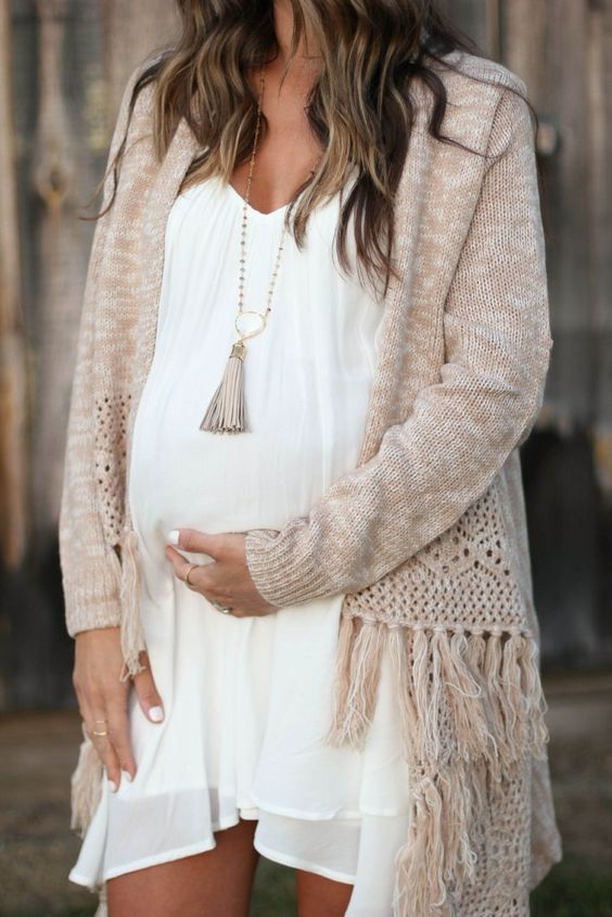 What To Wear To A Baby Shower 36 Ideas To Be Comfortable In