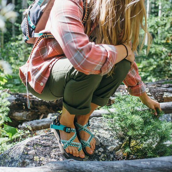 Best Cute Hiking Shoes For Woman