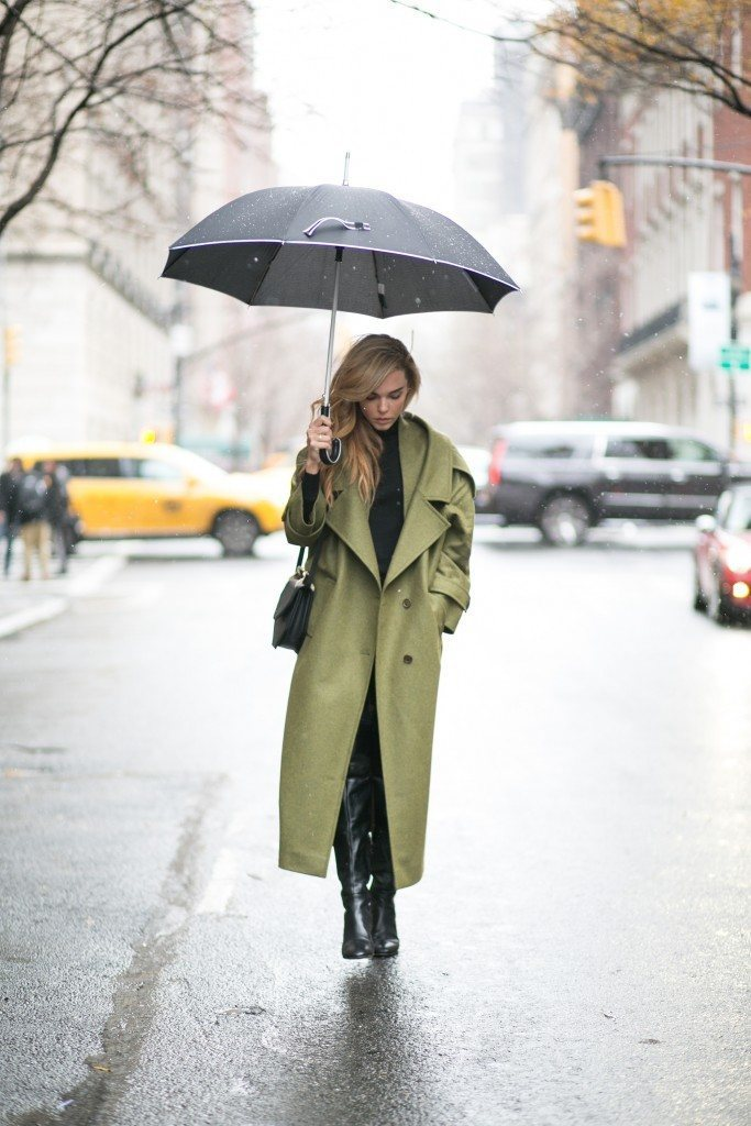 fbc0a7535fc7 23 Super Cute Rainy Day Outfits You Will Love - Outfit Ideas HQ