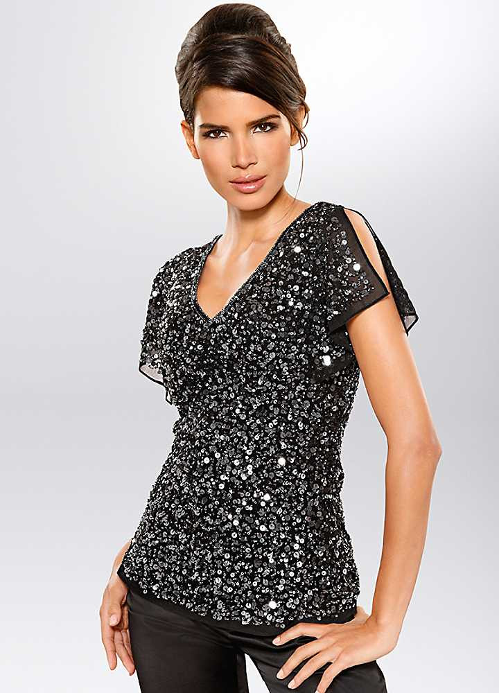 Shop the latest womens sequined clothing styles at Forever Explore the newest trends and essentials designed for any and every occasion!
