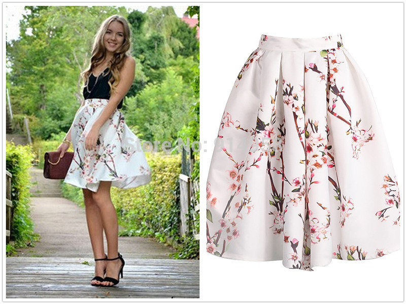 floral skirt at the country music concert