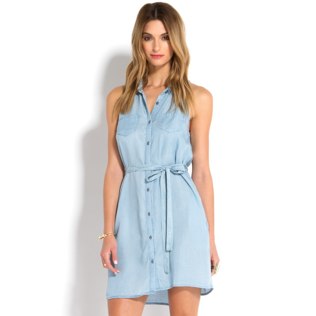 chambray shirt dress at the country music concert