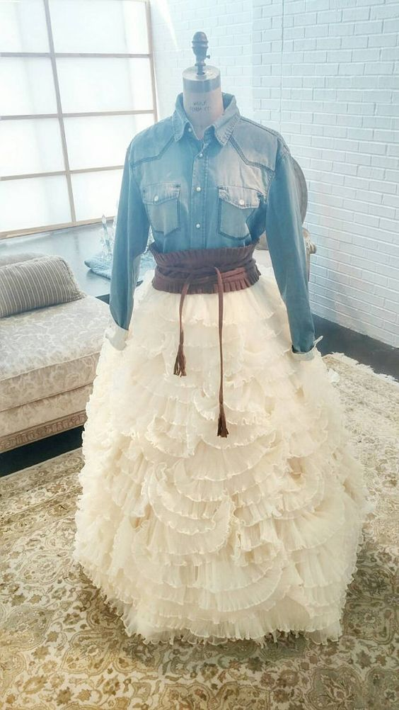 Super outfits for a ranch or country wedding outfit ideas hq for Dresses for a country wedding