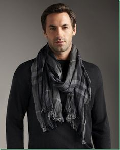 mens-scarf-outfit-ideas-18